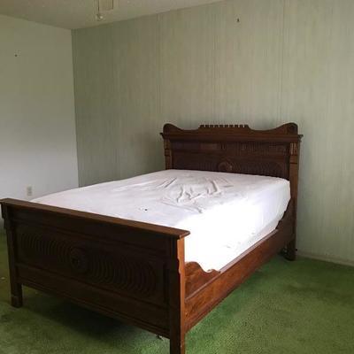 Antique Oak full size bed