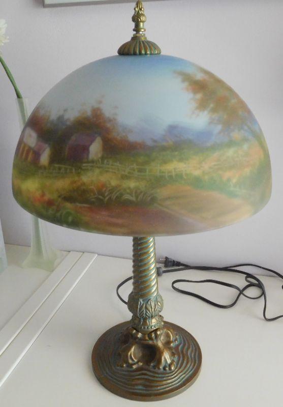 Beautiful Stain Glass Lamp