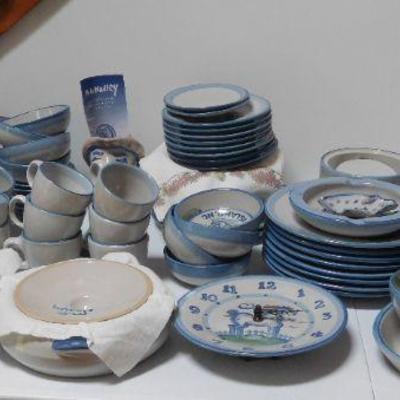 MA Hadley Pottery