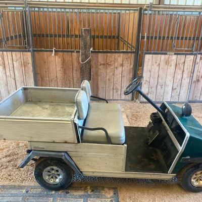 53  Farm Club Cart with Dump Bed (watch video) Farm club cart that runs great.  Tires are in good condition and has a back hitch.  The...