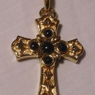 14 k Onyx Cross Pendant