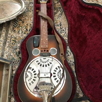 PR1019 https://www.ebay.com/itm/124267524102 PR1019: Gene Meyer's Dobro Style 60 Squareneck Eight-String Model 1979 Local Pickup Auction...