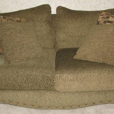 LOVE SEAT    BUY IT NOW $155.00