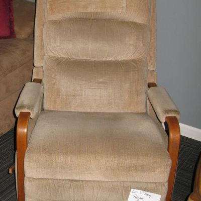 LAZY BOY ROCKER RECLINER   BUY IT NOW $ 65.00