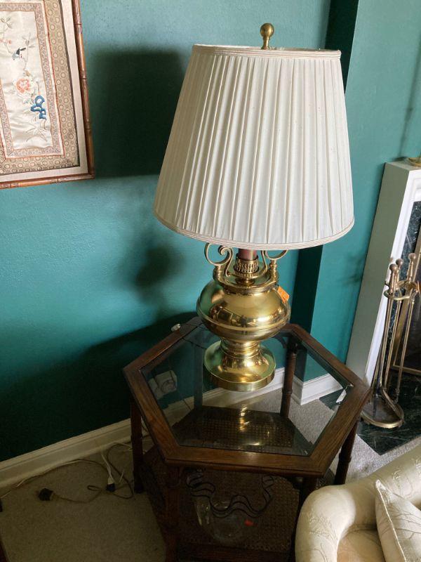 Big honkin brass lamp.