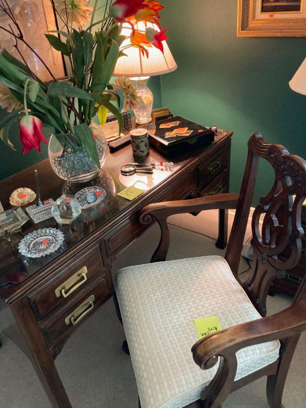 Chinese Chippendale dest and a fine arm chair.