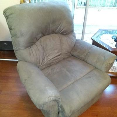 $175.00 electric recliner