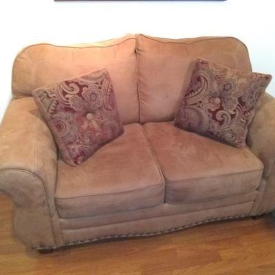 nice live seat $200
