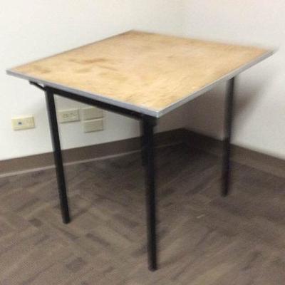 APB416 Square Folding Table