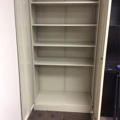 APB411 Metal Cabinet and Tripod