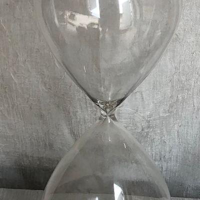 https://www.ebay.com/itm/114361630764WL2077  XL Hour Glass with Sand Local PickupBuy-It_Now $125.00