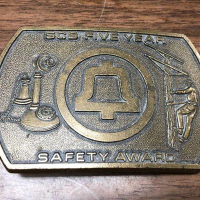 https://www.ebay.com/itm/124302613343LX2095: ATT / South Central Bell Safety Award 5 Years Belt Buckle Auction Start after 08/19/2020 6...