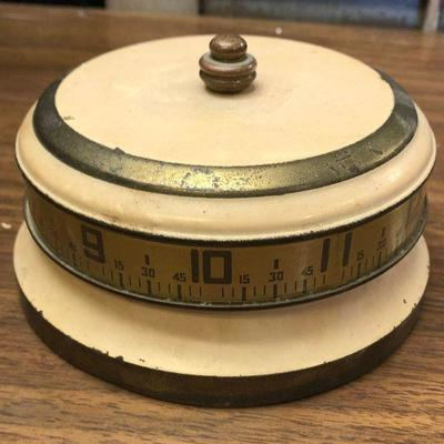 https://www.ebay.com/itm/114362288149LX2108: Vintage Rotary Tape Measure Clock From the 1930s 40s manual alarm clock ASIS - Not Tested...