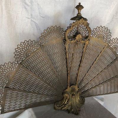 https://www.ebay.com/itm/124302184580WL2066 Vintage Brass Fan Style Folding Fire Place Screen Local PickupBuy-It_Now $175.00