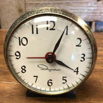 https://www.ebay.com/itm/124302666701LX2100: Vintage Ingraham manual alarm clock ASIS - Not TestedAuction Start after 08/19/2020 6 PM