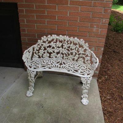 Grapevine bench