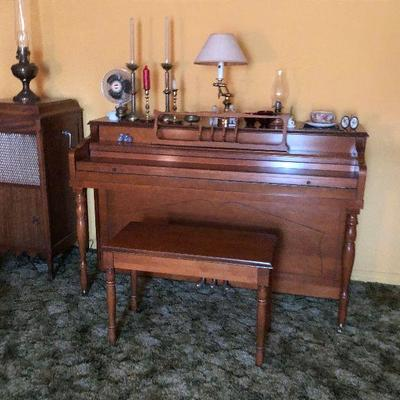 https://www.ebay.com/itm/114364082294	LX0001 Upright Piano Modern with Bench Local Pickup	Buy-It-Now	 $250.00