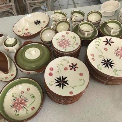 Stangl Pottery Dish set, 68 pieces