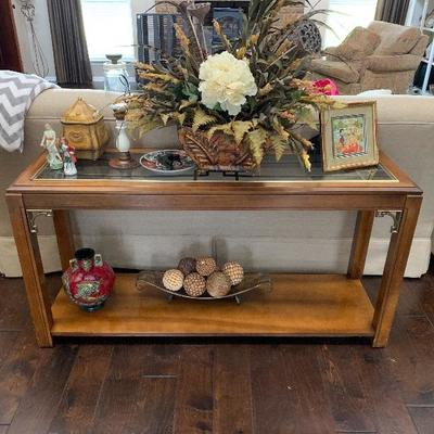 sofa table w/matching coffee table and end tables