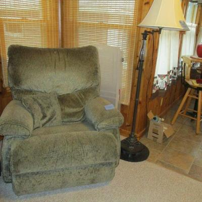 Another recliner & floor lamp