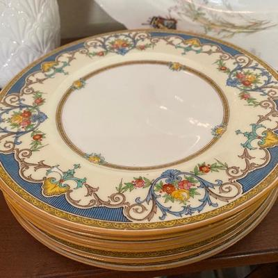 Mintons, England Kenora luncheon plates
