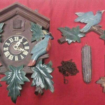 https://www.ebay.com/itm/114418115418	LX3020 VINTAGE  8 DAY WOOD & BRASS GERMAN COO COO CLOCK FOR PARTS OR REPAIR		Auction	 Starts...
