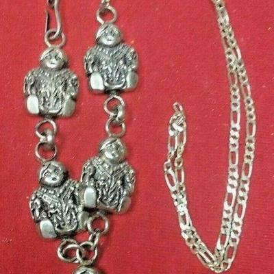 https://www.ebay.com/itm/124334086129	LX3007 USED VINTAGE 24 INCH STERLING SILVER CHAIN WITH SEATED PERSON 	Buy-It-Now	59.99