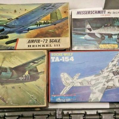 https://www.ebay.com/itm/114403496304	DP0020 LOT OF 4 ASSORTED 1/72 MODEL KITS IN BOXS GERMAN WW2 FIGHTER PLANES	Buy-It-Now	 $20.00