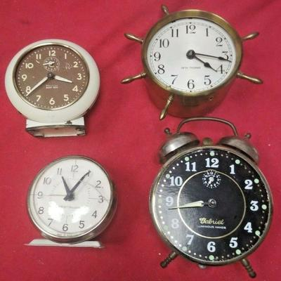 https://www.ebay.com/itm/114403240898	LX3008 LOT OF FOUR VINTAGE WIND UP ALARM CLOCKS FOR REPAIR OR PARTS	Auction Starts 09/16/2020 After...