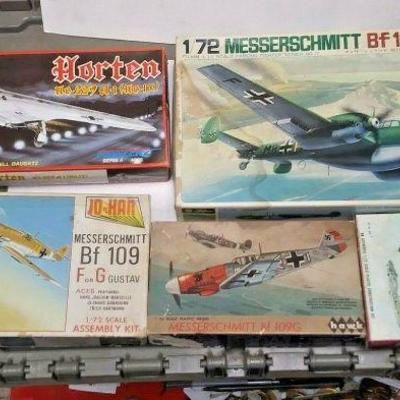 https://www.ebay.com/itm/124334287157	DP0019 LOT OF 5 ASSORTED 1/72 MODEL KITS IN BOXS GERMAN WW2 FIGHTER PLANES	Buy-It-Now	 $20.00