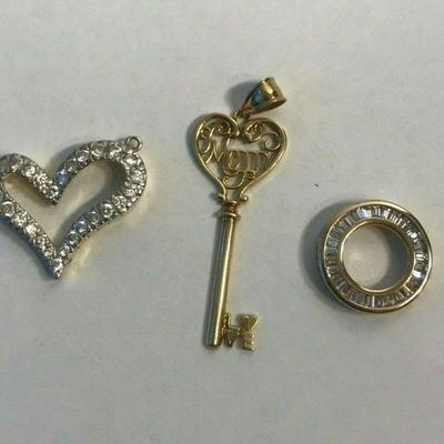 https://www.ebay.com/itm/124334445996	WL112 STERLING SILVER MIXED LOT OF 3 PENDANTS HEART, KEY, CIRCLE	Buy-It-Now	 $30.00