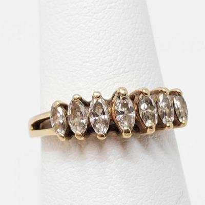 2252	  14k Gold Diamond Ring- 2.5g Weighs Approx 2.5g, Size Approx 5