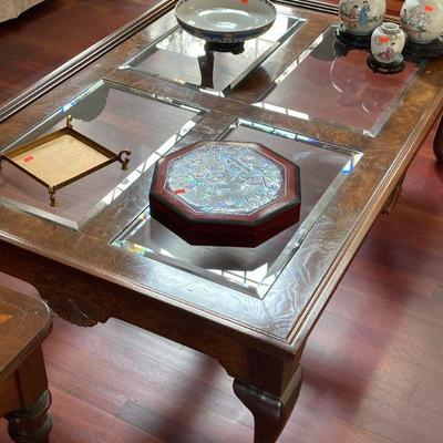 glass top Queen Anne style coffee table