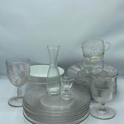 Various Glassware and Kitchen Decor