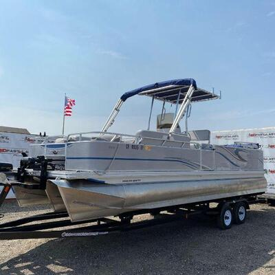 """#445 • 2018 24' Anglers Qwest Center Console Tri-Toon. 2018 24' Anglers Qwest Center Console Tri-Toon Has 12"""" Hummingbird Display With 2..."""
