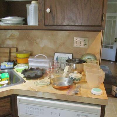 Pyrex & kitchen