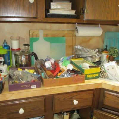 ...more kitchen