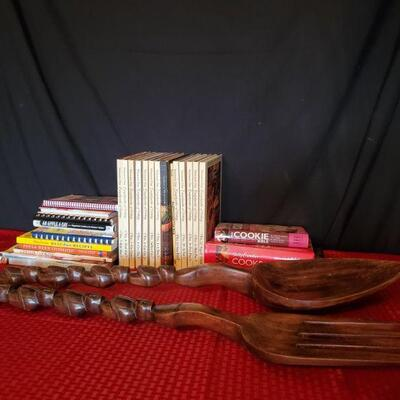 Cook Books with Spoon and Fork