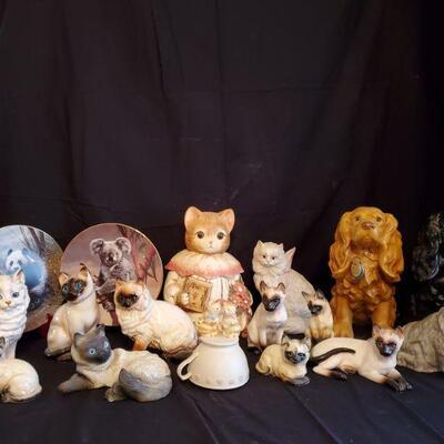 Cat & Dog Figurines