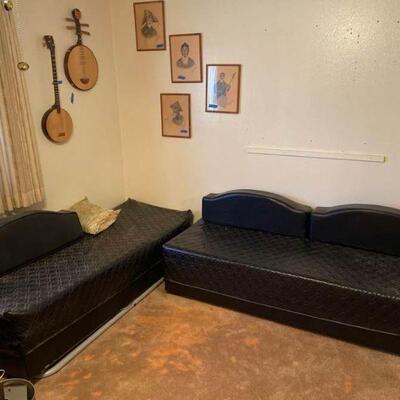 Corner Set Lot