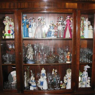 china cabinet  buy it now $135.00