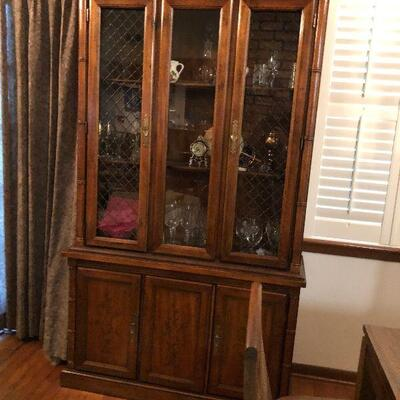 https://www.ebay.com/itm/114454812918TL0008 Traditional Antique China Hutch Display Cabinet Pickup OnlyBuy-It-Now $225.00