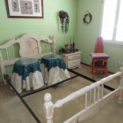 Whole bedroom set $275