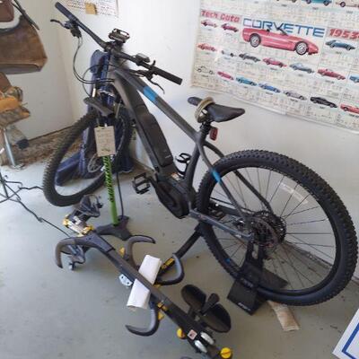 Electric bike with rack