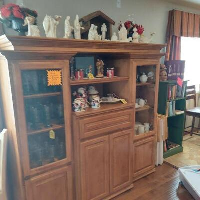Cabinet $112.50