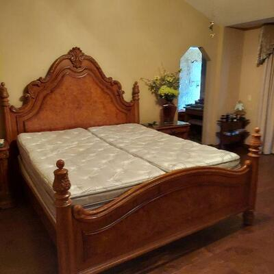 Sleep number bed with frame $275