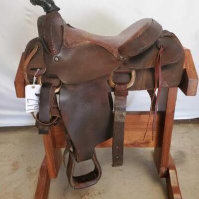 274  Cowboy Riding Saddle 16