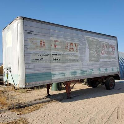 601  Safeway Dry Van Trailer Utility Dry Van Semi-trailer  8' x 25' and 9' tall 10/1973 GVWR  35000 GVWR Rear 19000 Trailer Vin #...