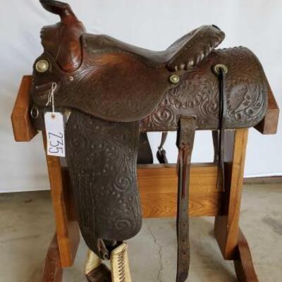 235  Western Show Saddle 15