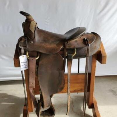219  Macpherson Western Roping Saddle Vintage 15